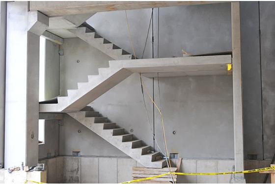 Precast stair case